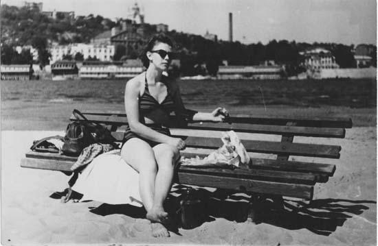 Ольга Рапай на киевском пляже