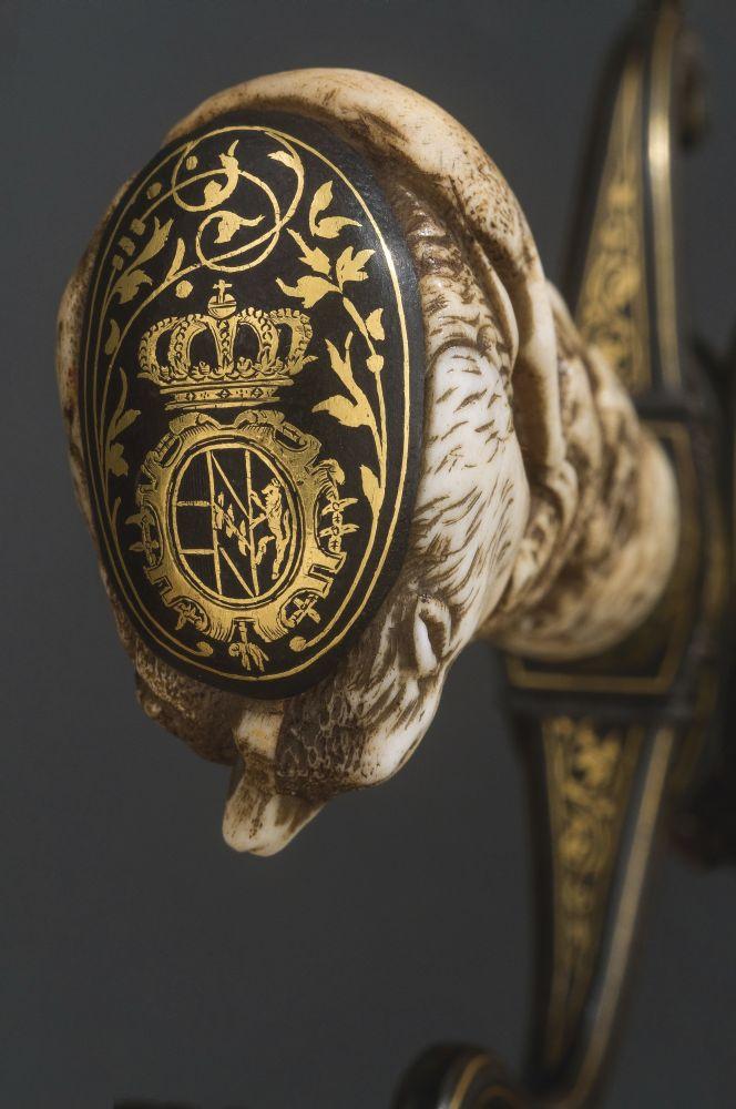 Навершие рукояти меча