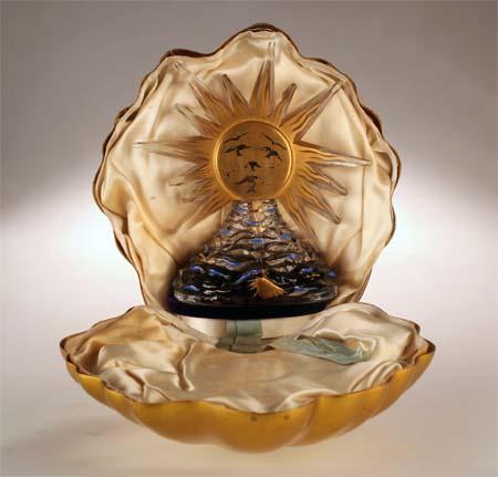 "С.Дали. Флакон для духов ""Le Roy Soleil"". Одесский музей истории упаковки аромата."