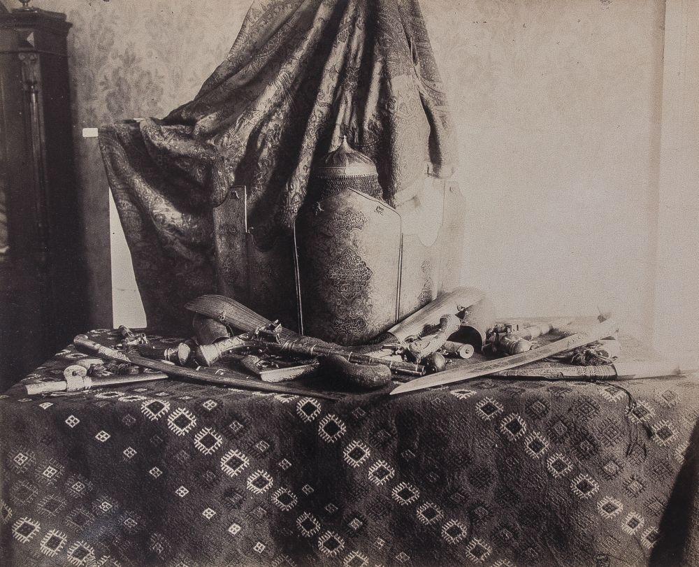 Сохранившиеся фотографии части персидской коллекции П. В. Чарковского