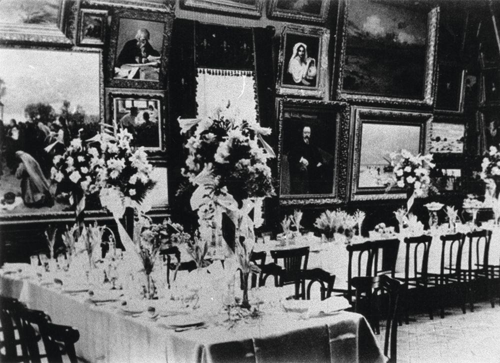 Столовая вособняке Г.П.Шлейфера. 1910‑е гг. Музей истории города Киева