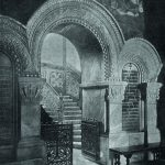 Вход на главную лестницу Владимирского собора