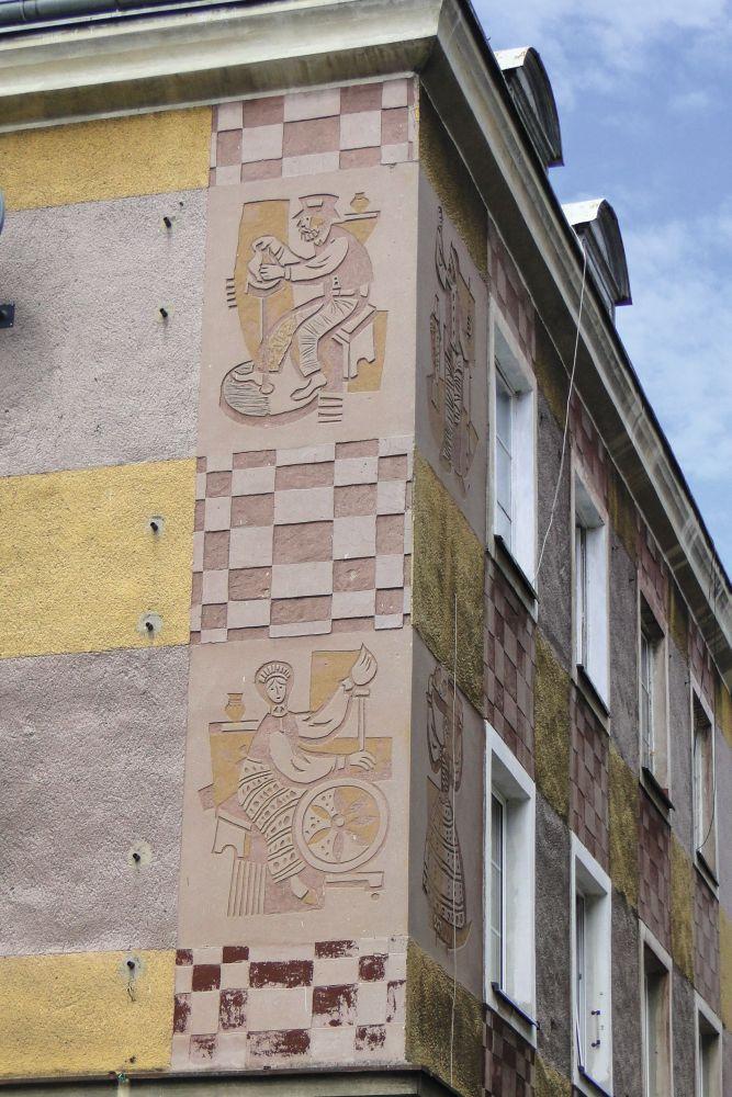 Декор дома науглу ул. Старомейской иРыбного Торга. ФотоЭ.Щуки