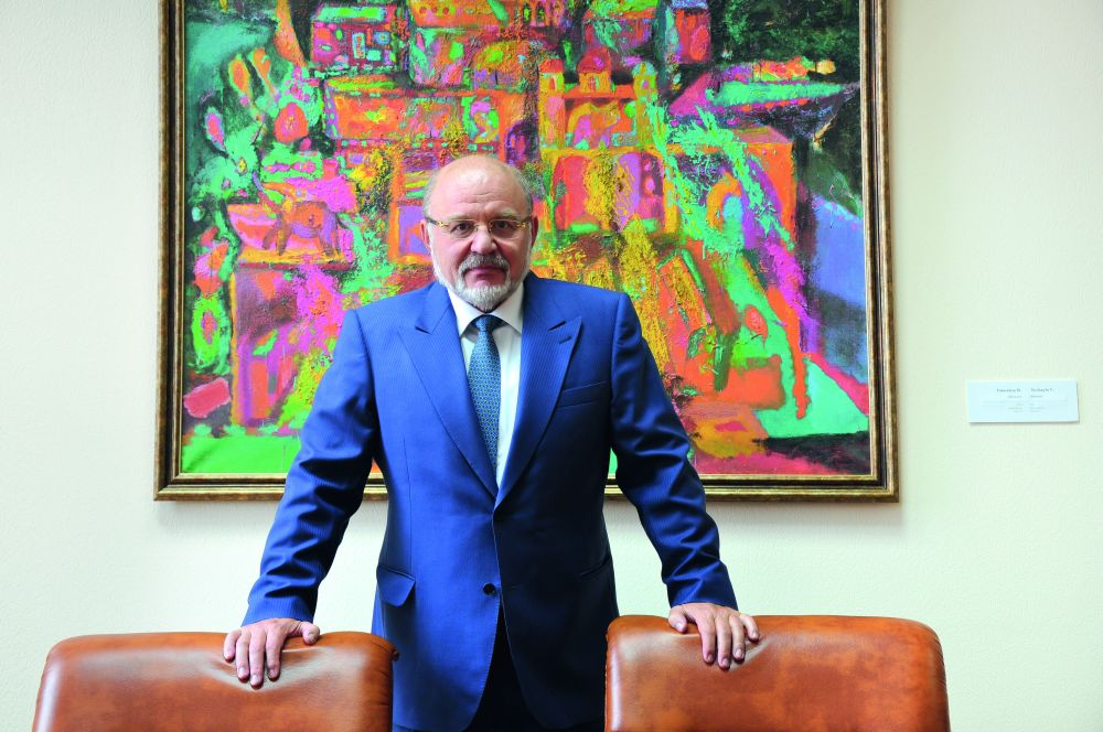 Борис Гринёв, академик НАН Украины, директор Государственного фонда фундаментальных исследований Украины, коллекционер