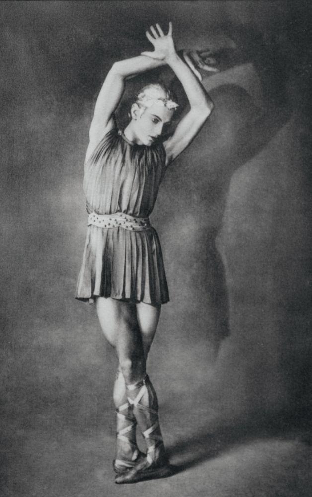 С.Лифарь вбалете «Аполлон Мусагет» (муз. И.Стравинского, хореография Дж. Баланчина). 1928