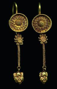 Древнегреческие золотые серьги. IVв. дон. э.