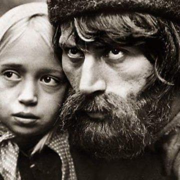 "Кадр из фильма ""Бирюк"" (1977 г.)."