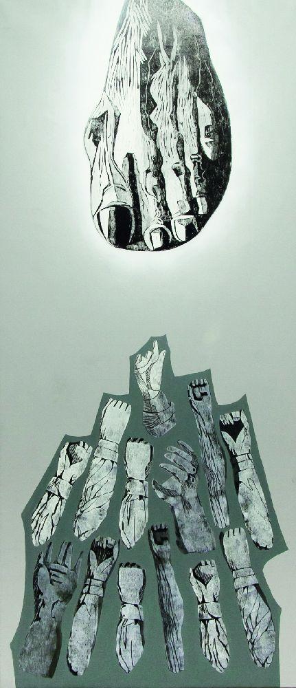 А.Ялоза. Вознесение (изсерии «Поту сторону»). 2014. Холст, смешанная техника. 205×80см