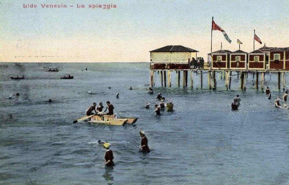 Лидо. Пляж. Почтовая открытка начала ХХ в.