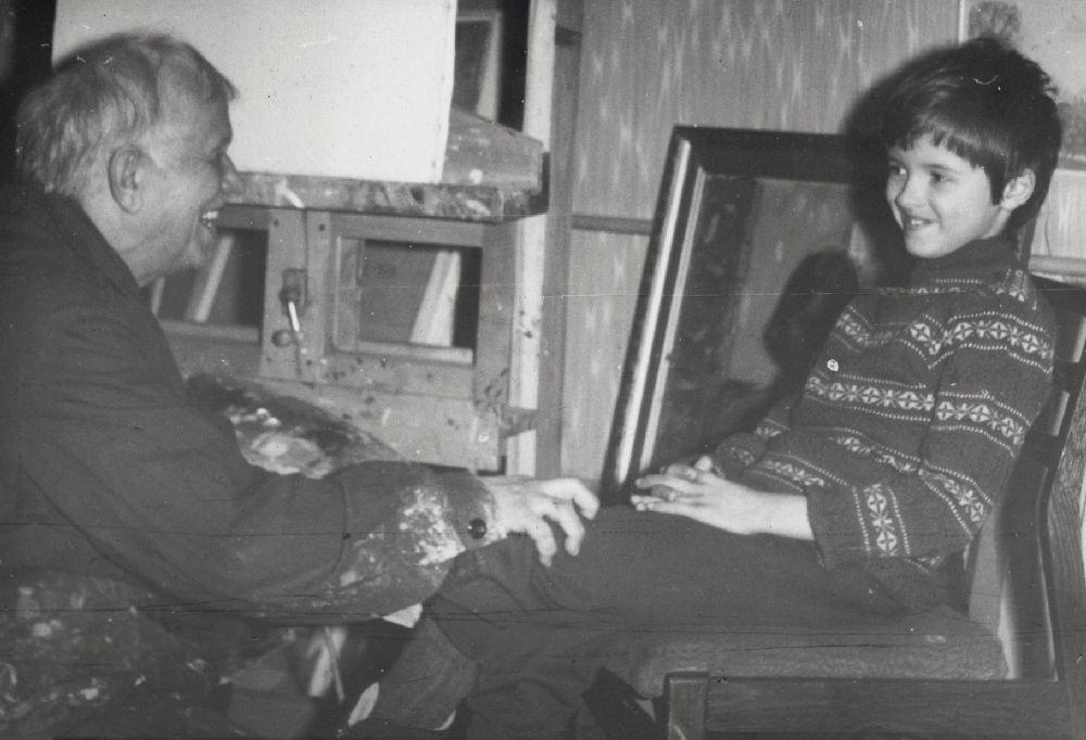 Сергей Алексеевич Григорьев свнуком Иваном. 1977