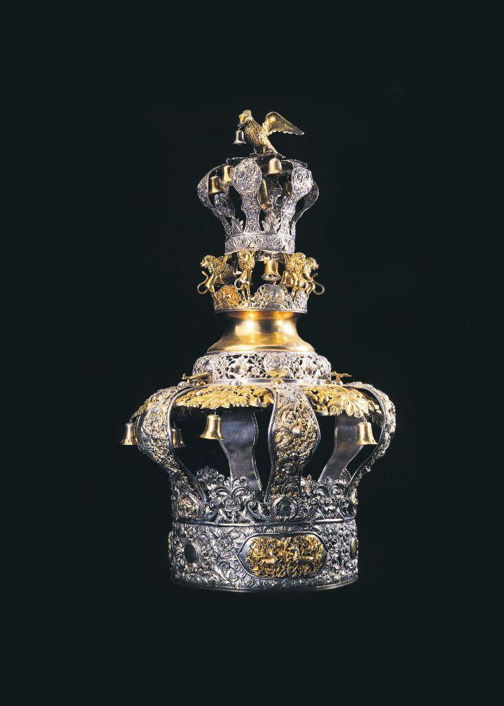 Кетер Тора. Житомир, 1875. Серебро, позолота. Музей исторических драгоценностей Украины