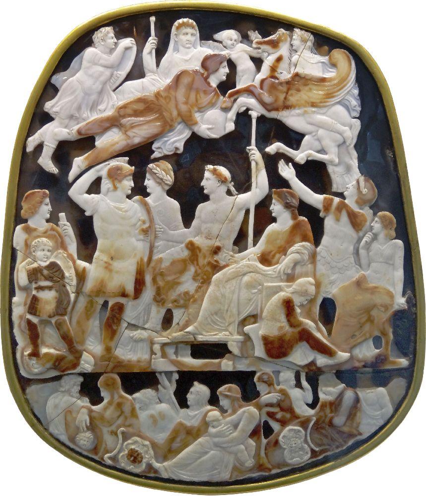 Гемма Тиберия (Великая камея Франции). Рим, 1‑ячетв. Iв. н. э. Кабинет медалей, Париж