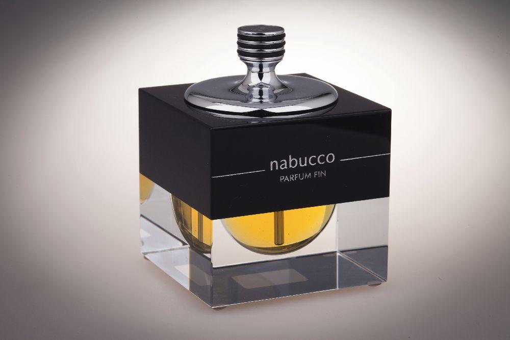 Флакон дляодеколона «Nabucco Parfum Fin». «Nabucco». 1997. Одесский музей истории упаковки аромата