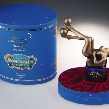 Флакон дляпарфюмированной воды «Roncalli's». Оформление крышки Б.Пауля. «Les Beaux Arts». 1994. Одесский музей истории упаковки аромата