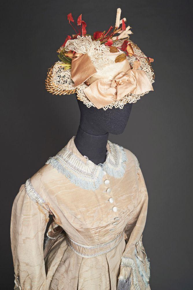 "Летняя шляпка «Сладкая трава». Конец 1900-х гг. Victoria Museum Summer hat ""Sweet Grass"". Late 1900s. Victoria Museum"