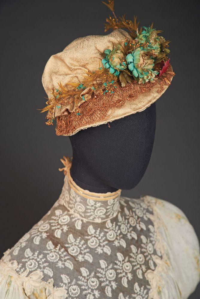 Летняя шляпка. Конец 1880-х гг. Victoria Museum Summer hat. Late 1880s. Victoria Museum