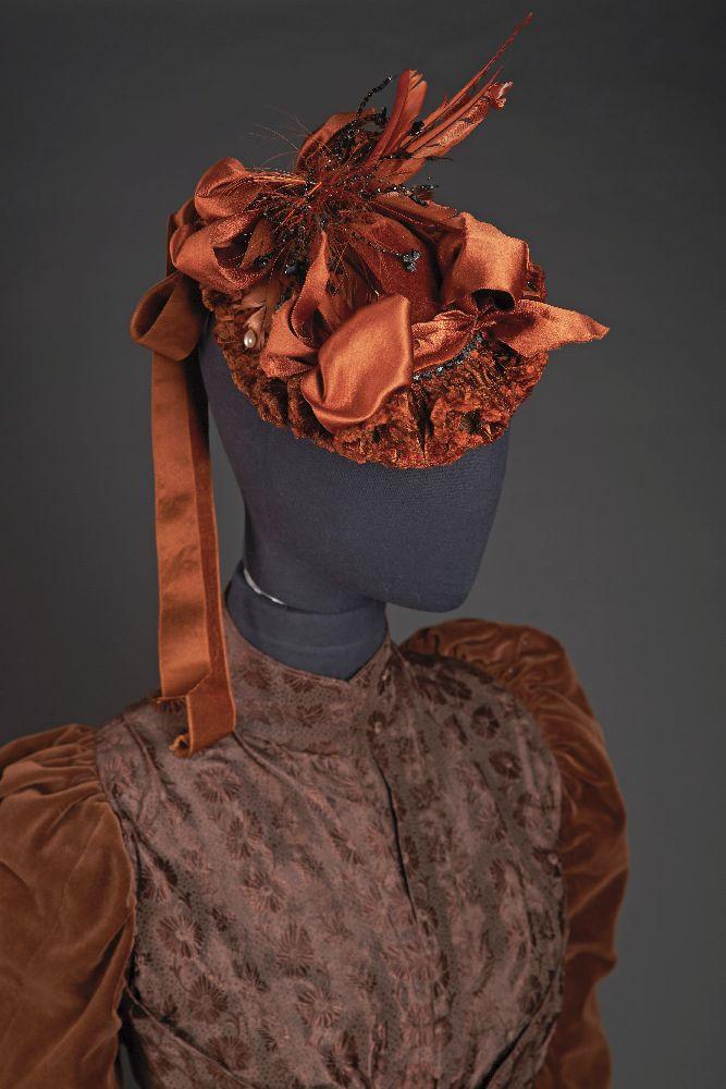 "Женская шляпка. 1870-е гг. Изготовитель: «Chappelle», г. Леоминстер, штат Массачусетс. Victoria Museum Women's hat. 1870s. Producer: ""Chappelle"", Leominster, Massachusetts. Victoria Museum"